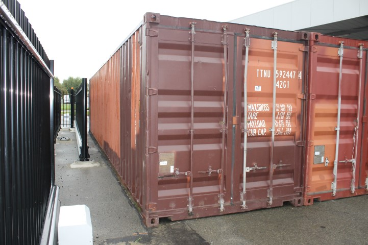 1 sea container 40-feet DV, type 2086 DVV, for